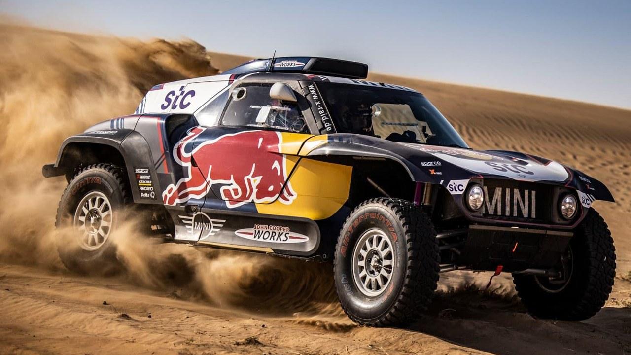 Carlos Sainz y Stéphane Peterhansel lucirán nuevos colores en el Dakar 2021