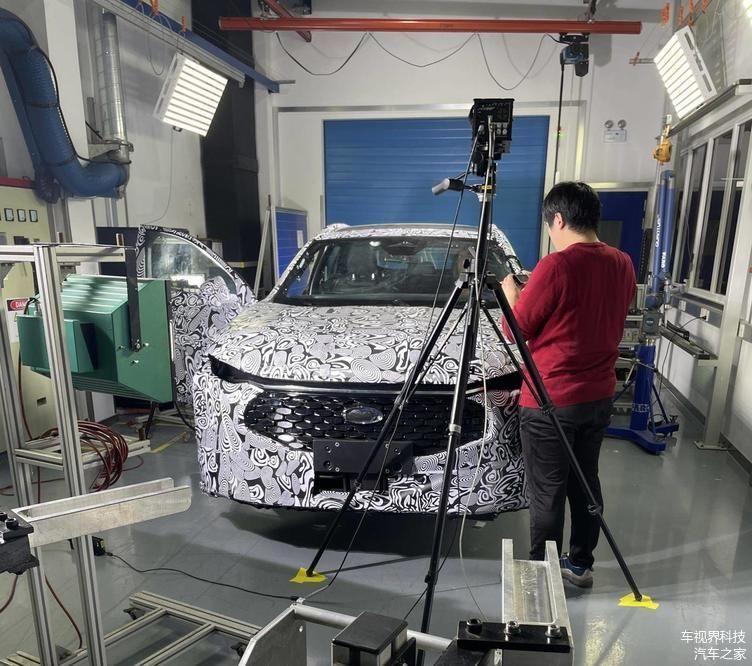¿Es el nuevo Ford Mondeo Evos 2022? Nuevas fotos espía desde China lo apuntan