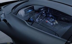 Nos subimos a bordo del Mercedes-AMG Project ONE... de su simulador de conducción