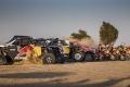 Red Bull presume de 'ejército' para el Dakar 2021 tras su llegada a Jeddah