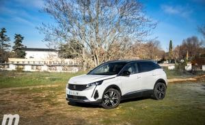 Prueba Peugeot 3008 Hybrid4 y 5008 Puretech 180, la renovación del estrellato