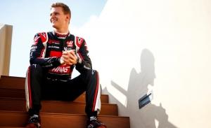 Schumacher por Magnussen y Kubica por Giovinazzi en los Libres 1 de Yas Marina