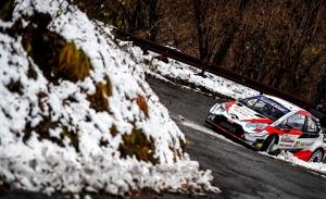 Sébastien Ogier supera a Dani Sordo en las montañas de Bérgamo