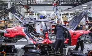 La producción de los Tesla Model S y Tesla Model X se va detener durante varios días