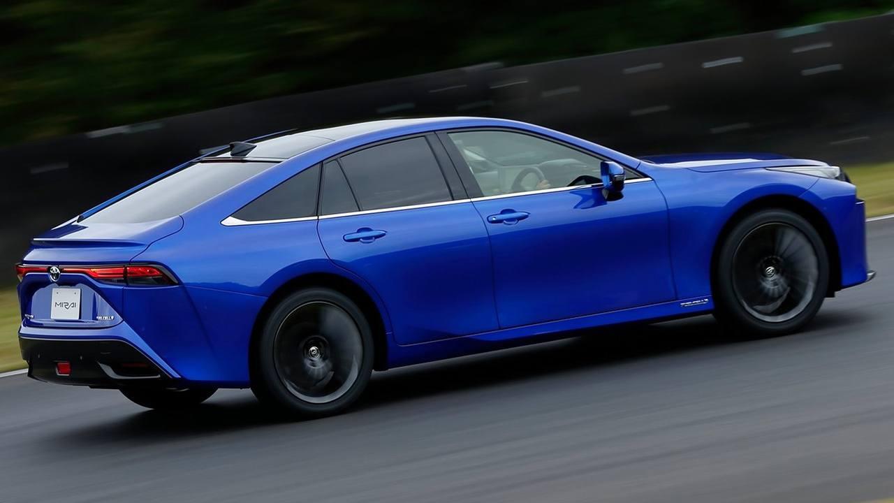 Toyota Mirai 2021 - lateral