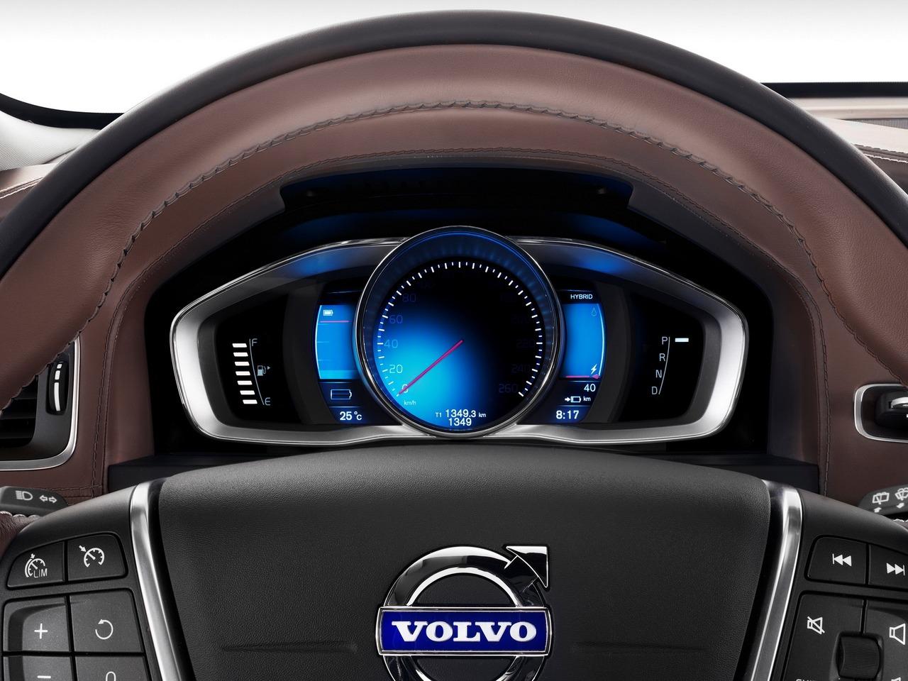 Volvo sube la apuesta: desde 2030 solo venderán eléctricos