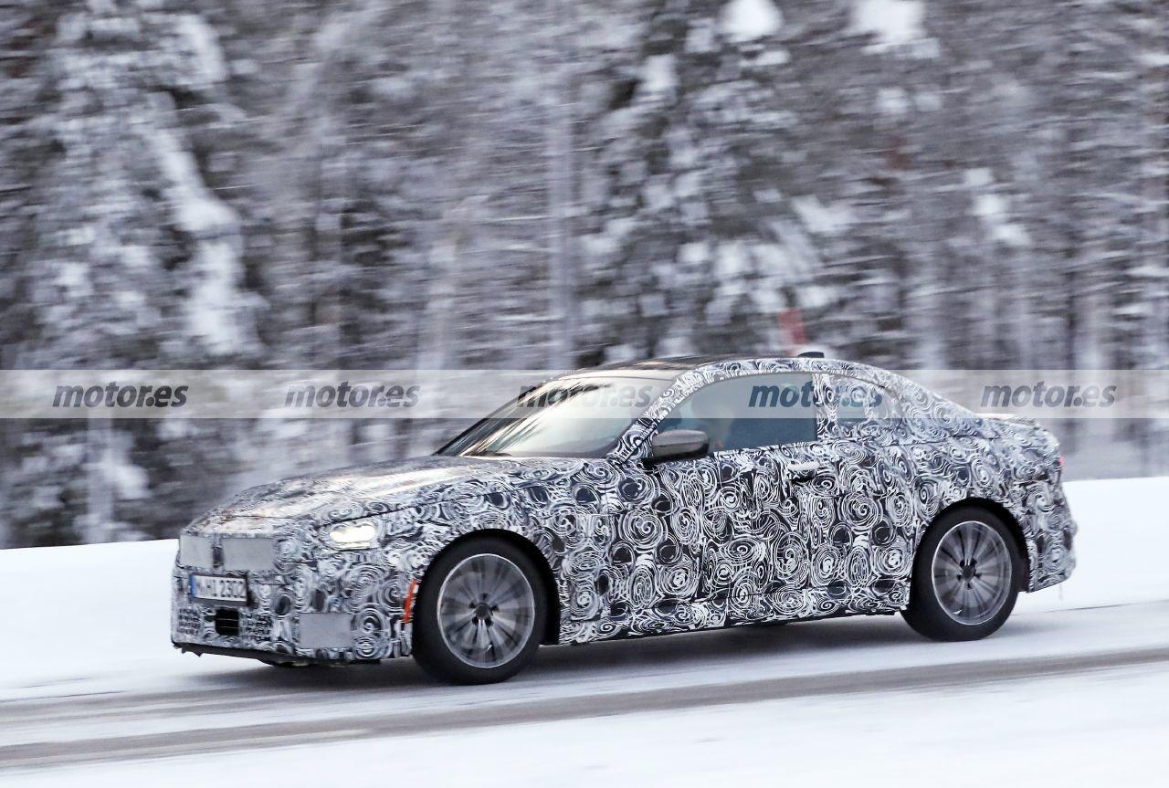 Foto espía BMW Serie 2 Coupé 2022 - exterior