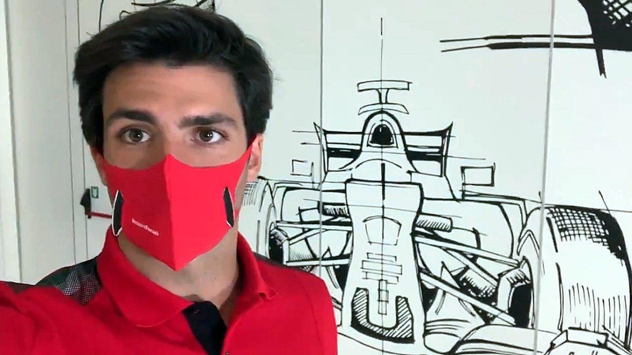 Carlos Sainz ya rueda con el Ferrari SF21 en el simulador de Maranello