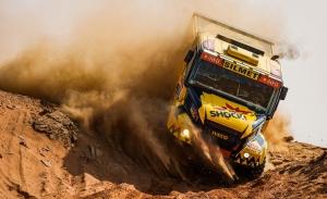 El Dakar entra en su fase decisiva con una etapa en bucle en Neom