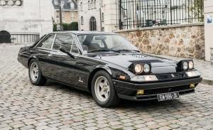 A la venta un Ferrari 400i relacionado con Gilles Villeneuve y John McEnroe
