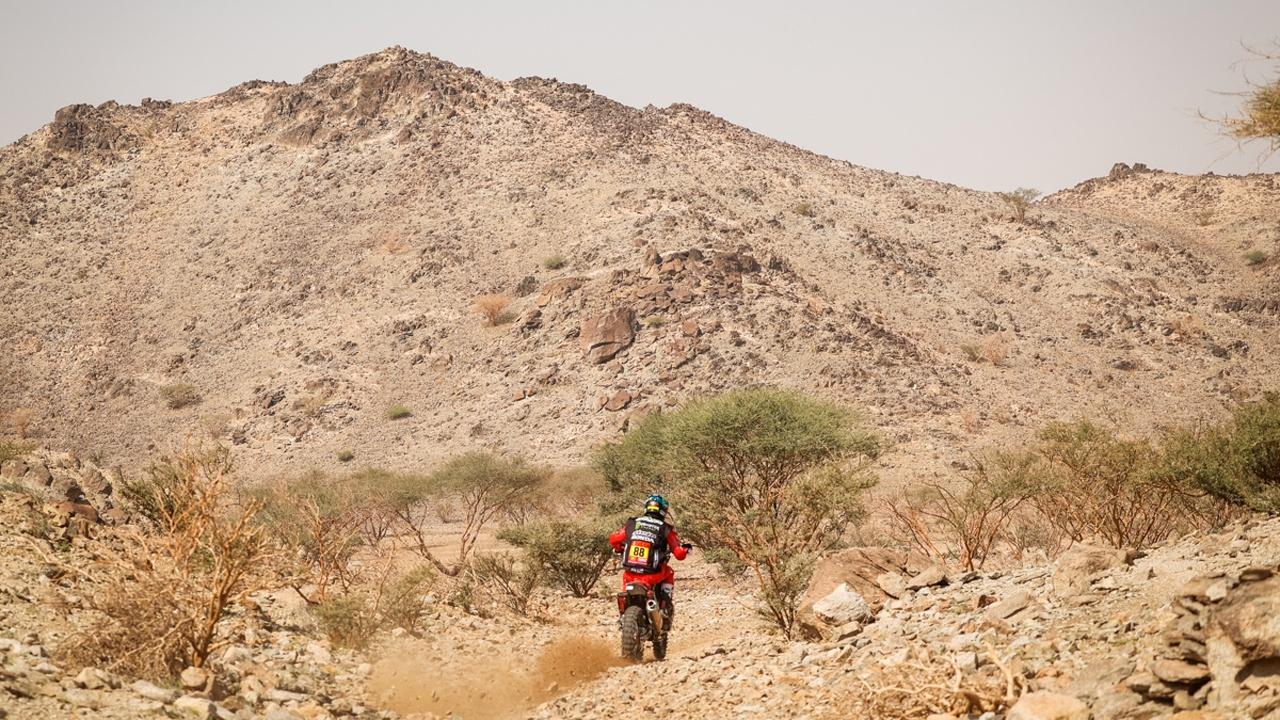 Joan Barreda golpea en la segunda etapa y se coloca líder del Dakar