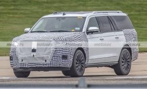 El Lincoln Navigator Facelift 2022 deja ver su interesante nuevo interior