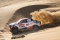 Giniel de Villiers and Álex Haro score the fifth stage of the Dakar