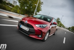 ¿Cuánto tiempo circula en modo 100% eléctrico un coche híbrido de Toyota?
