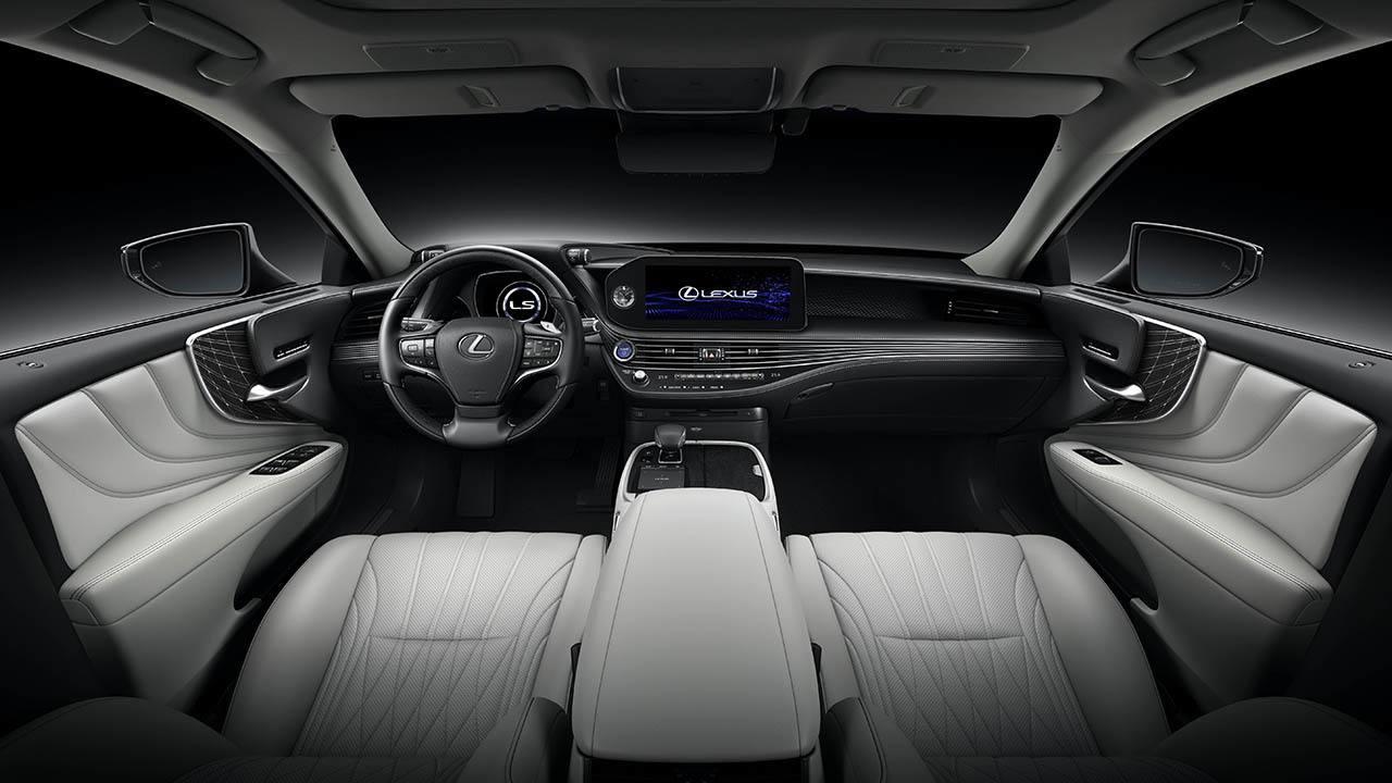 Lexus LS 500h 2021 - interior
