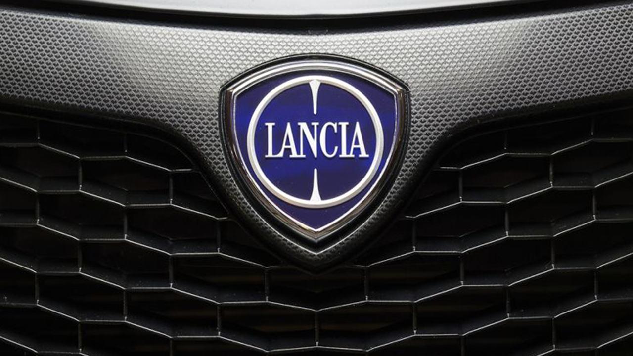 ¿Lancia a la par de Alfa Romeo y DS? Stellantis la considera una marca premium