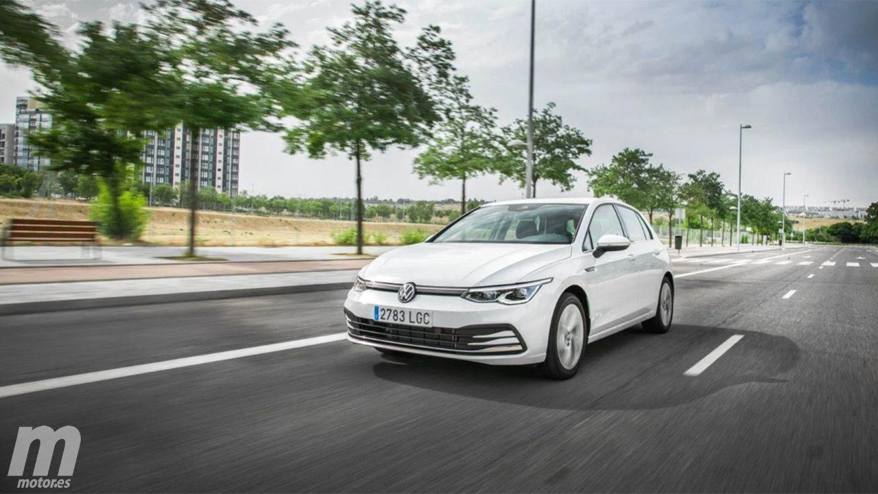 Alemania - Diciembre 2020: El Volkswagen Golf mantiene su dominio