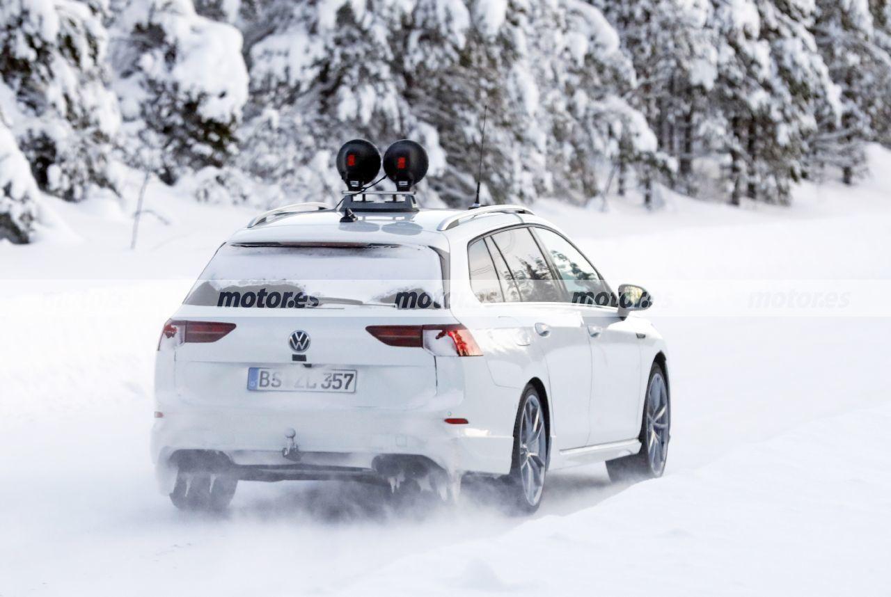 Foto espía Volkswagen Golf R Variant 2021 - exterior