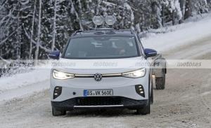 El Volkswagen ID.4 GTX 2022 debuta en fotos espía, la versión más deportiva en cambio