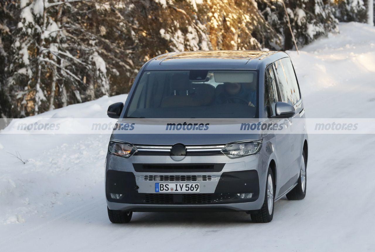 El Volkswagen T7 Multivan regresa a las pruebas de invierno prácticamente destapado