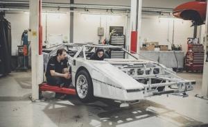 Primeras imágenes del Aston Martin Bulldog durante su restauración