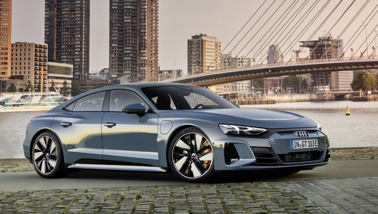 Foto Audi e-tron GT - exterior