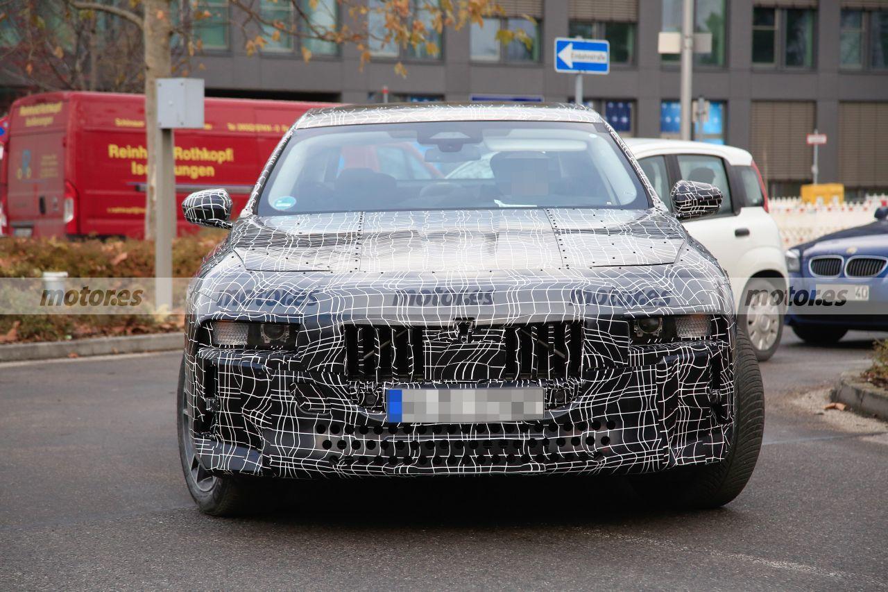 Cazado el nuevo BMW Serie 7 2023, y el híbrido enchufable, en nuevas fotos espía