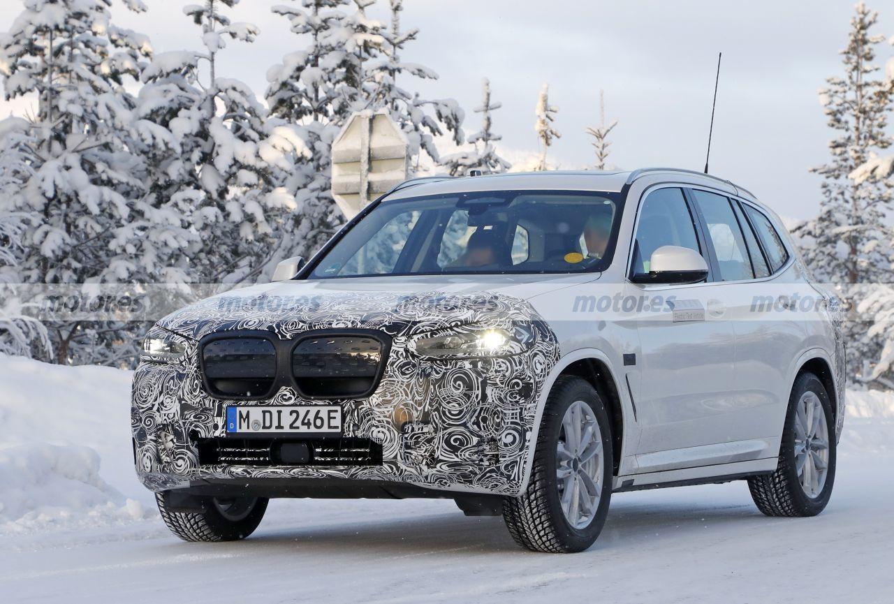 El BMW iX3 Facelift 2022, cazado en las pruebas de invierno con el paquete M Sport