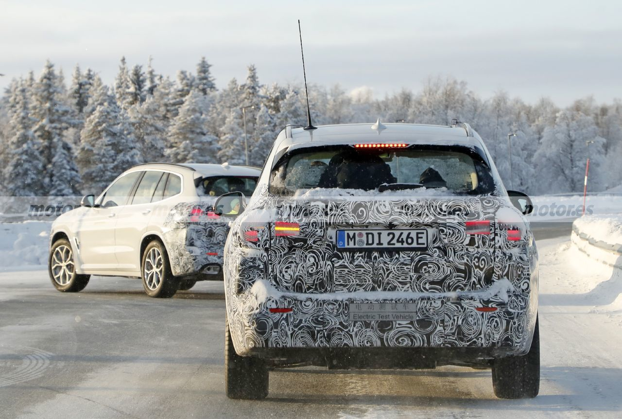 Foto espía BMW iX3 Facelift 2022 M Sport - exterior