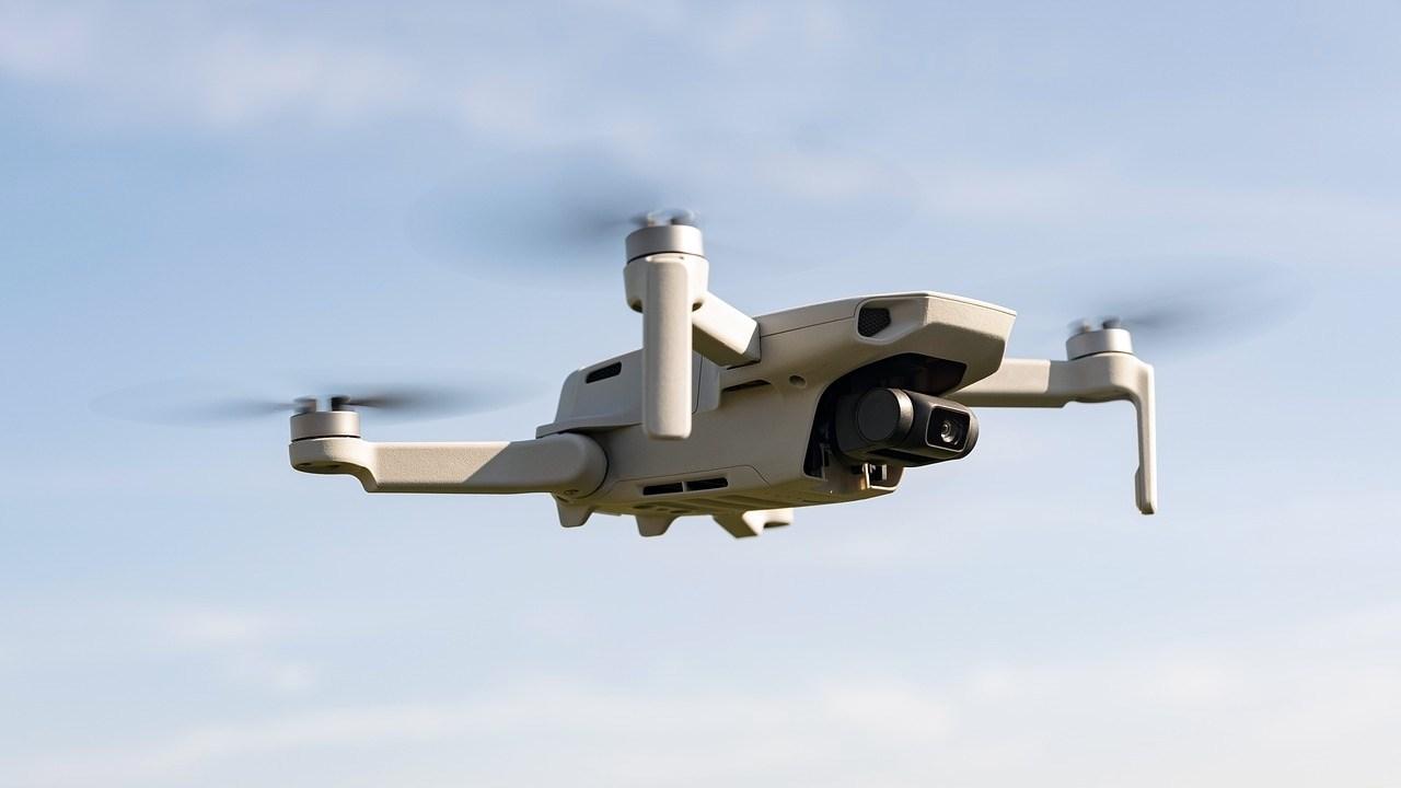 Drones de la DGT: qué multas ponen y cómo funcionan