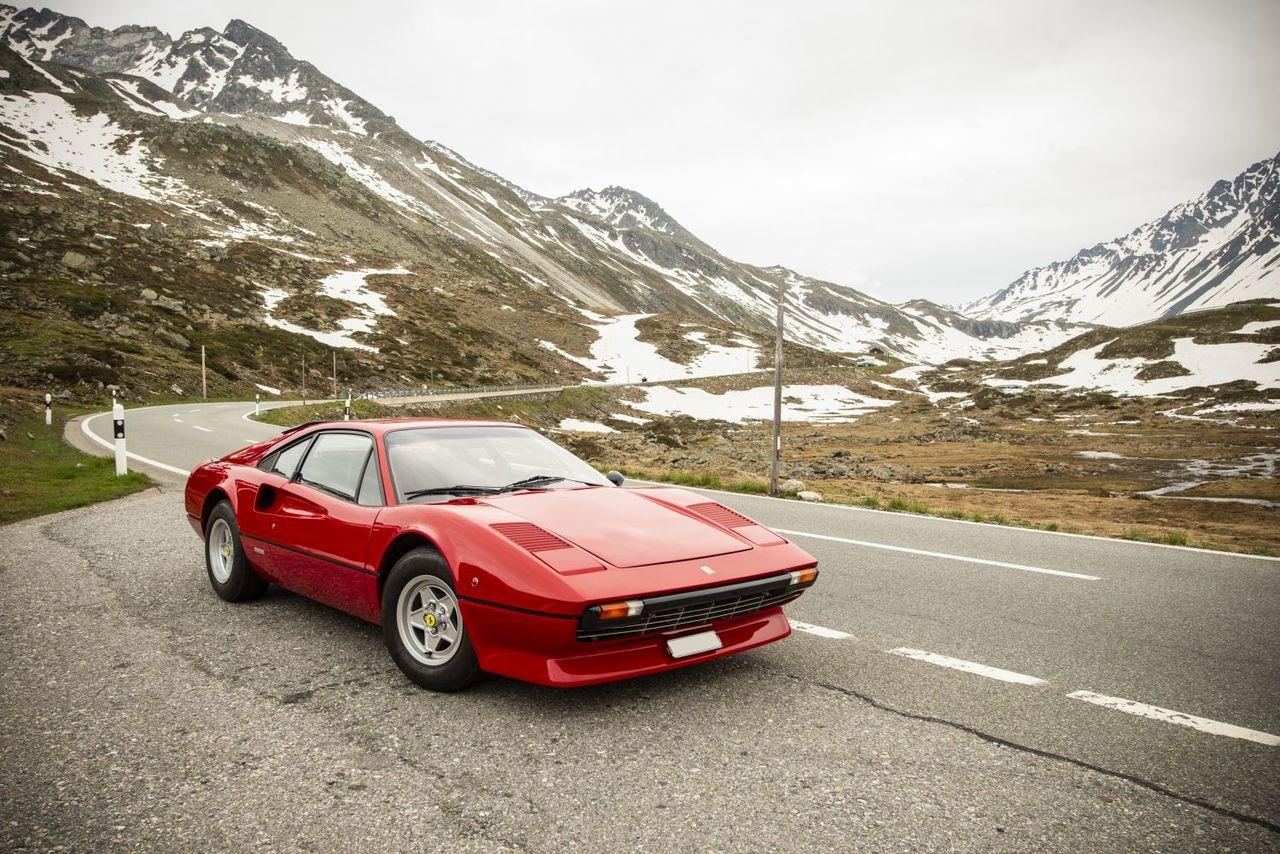 Raro y destacable ejemplar del Ferrari 308 GTB 'Vetroresina' a subasta