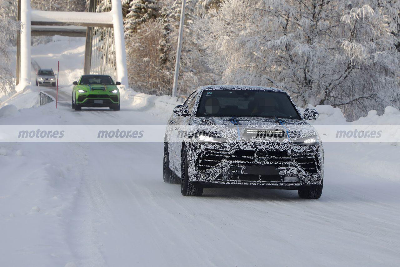Fotos espía del Lamborghini Urus Evo 2022, el facelift del SUV deportivo en camino