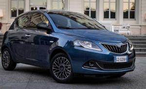 Lancia Ypsilon 2021, la enésima actualización para el superventas italiano