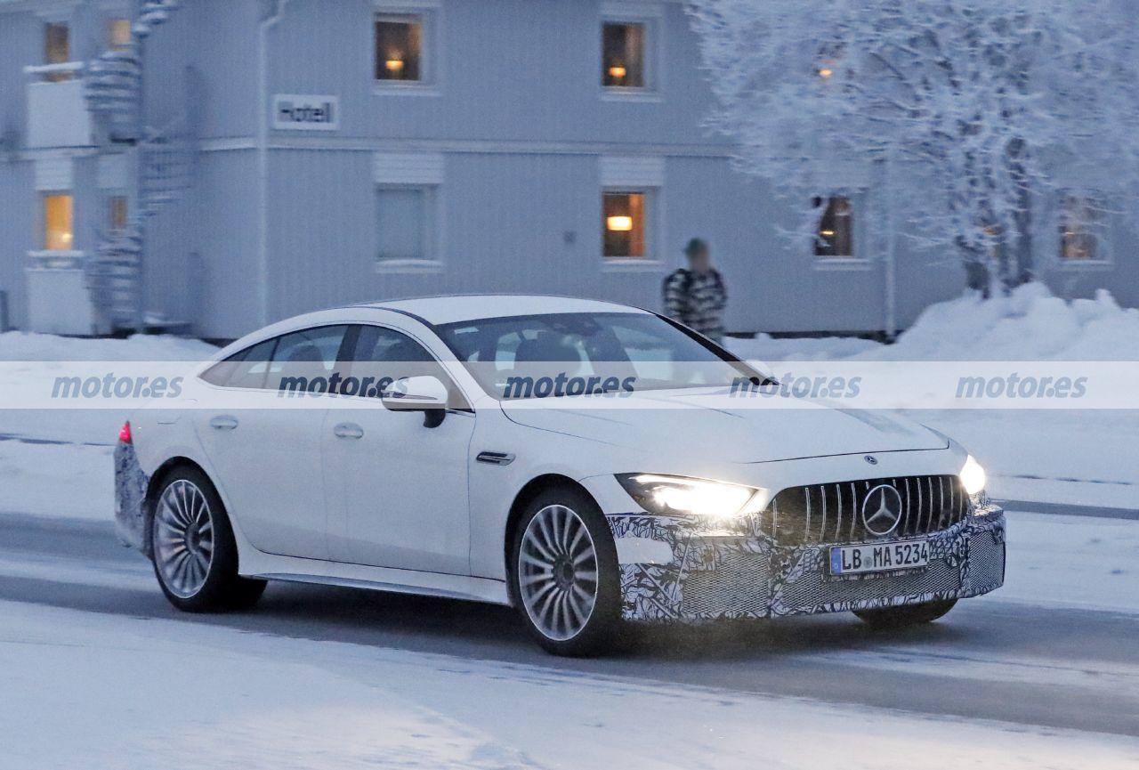 Foto espía Mercedes-AMG GT 73 e 4MATIC Berlina 2021 - exterior