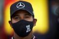 Hamilton firma sólo un año más en Mercedes: «Estoy deseando volver a la pista»