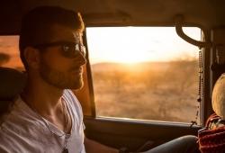 Conducir sin cinturón de seguridad, ¿quién paga la multa si no lo lleva un pasajero?