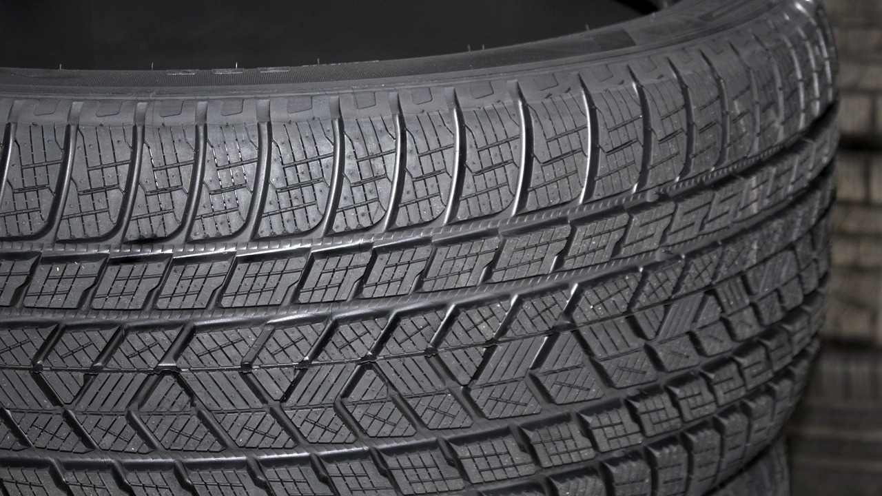 Neumáticos Km. 0, ¿merecen la pena?