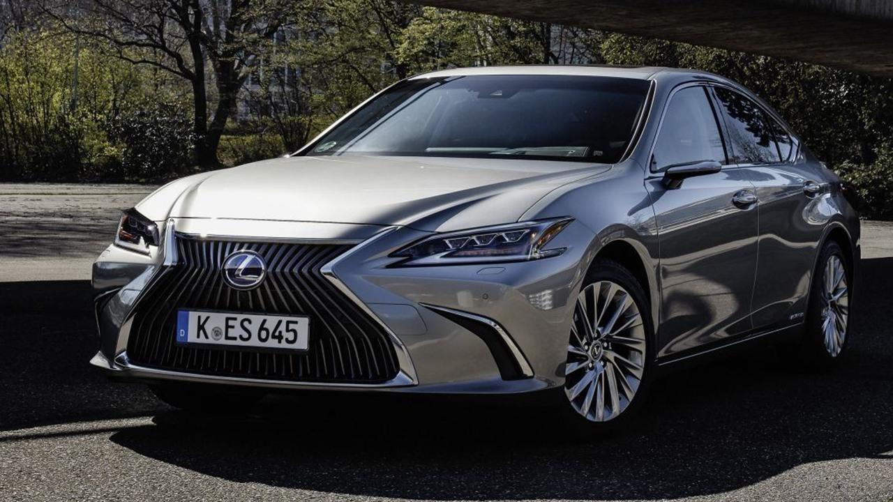Lexus ES 300h 2021, todos los precios de la berlina híbrida con retrovisores digitales