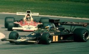 Ronnie Peterson, volar a ras de asfalto