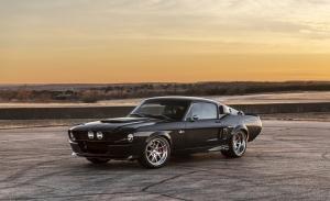 Classic Recreations y SpeedKore presentan su Shelby GT500 '67 fabricado en carbono