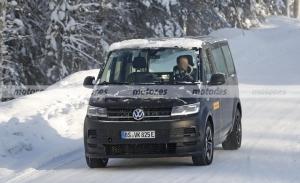 La mula del Volkswagen ID. Buzz 2022, cazada con el interior del Volkswagen ID.4