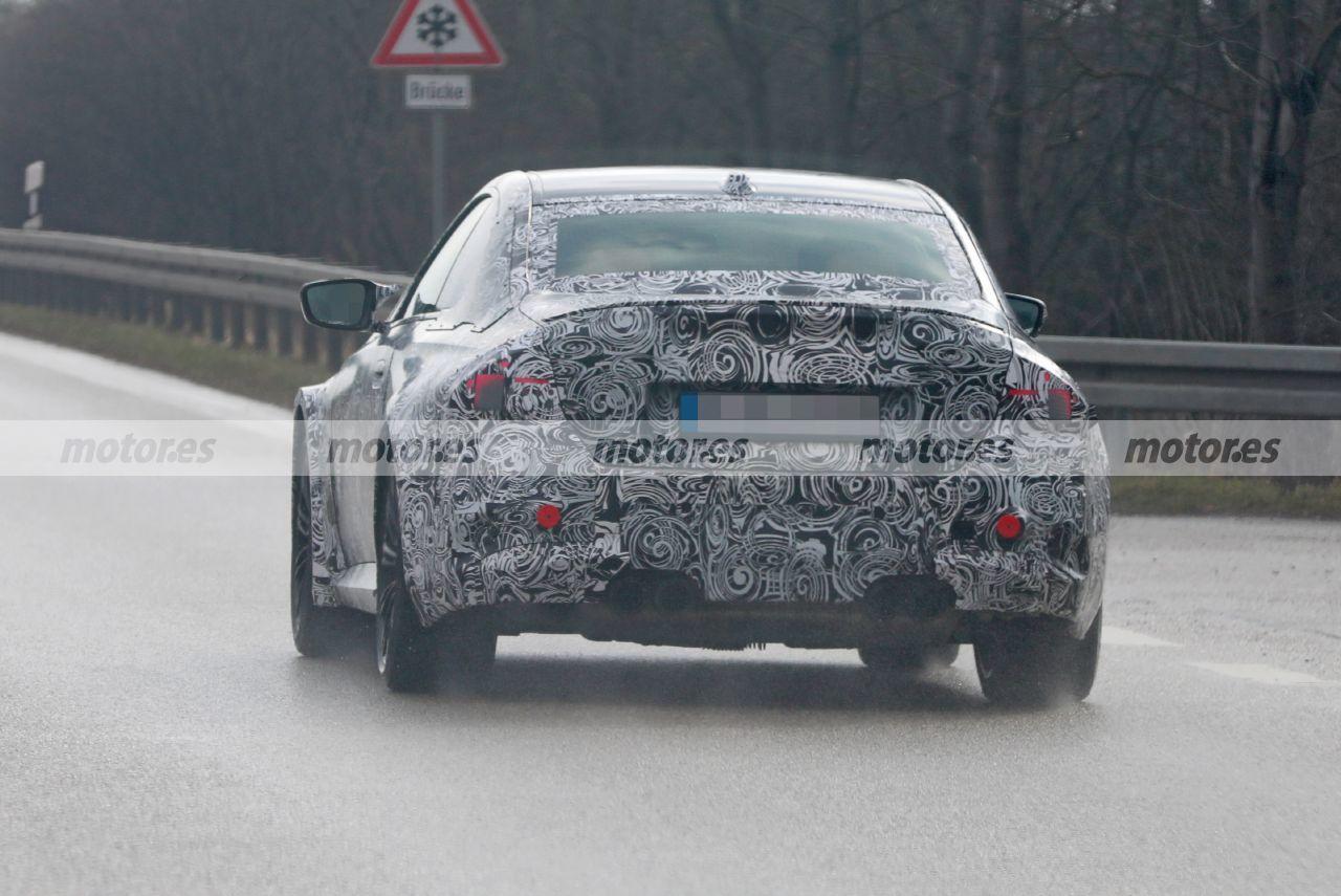 Foto espía BMW M2 Coupé 2023 - exterior