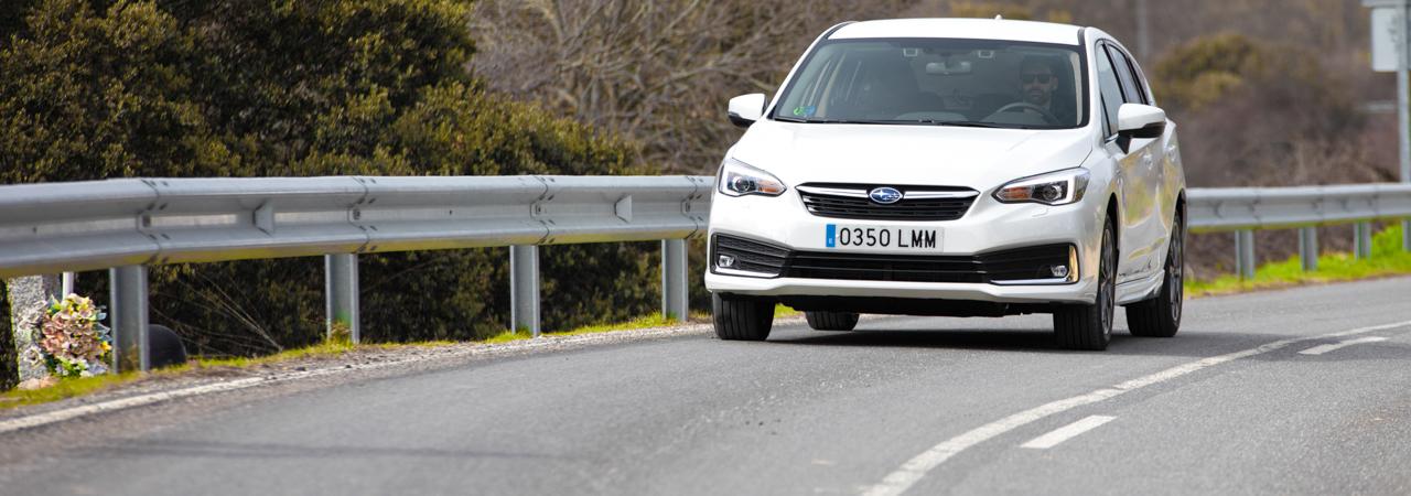 Prueba Subaru Impreza ecoHYBRID, compacto híbrido con toques premium