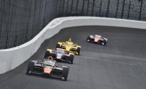 El 'falso test híbrido' en Indianápolis genera serias dudas entre los pilotos