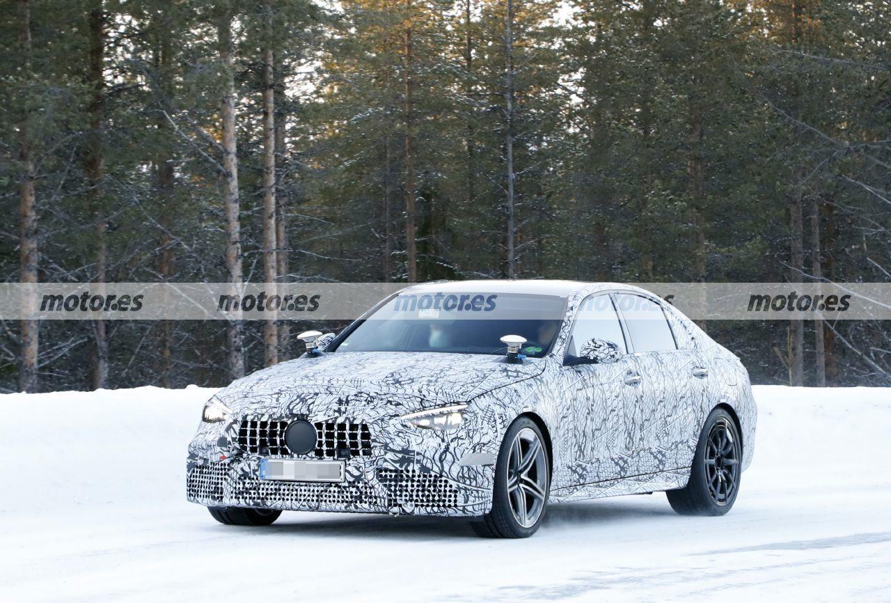 Los prototipos del nuevo Mercedes-AMG C 63 e 2022 se lucen en estas fotos espía