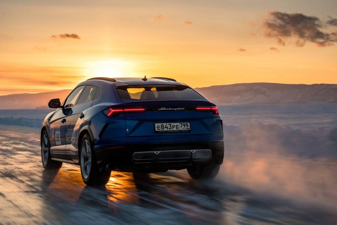 Foto Lamborghini Urus - exterior