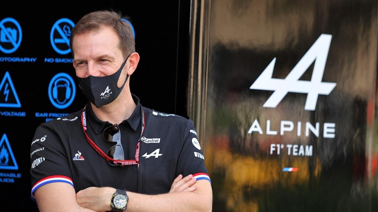 El jefazo de Alpine alucina con Alonso: «Está tan en forma... como si nunca se hubiera ido de la Fórmula 1»