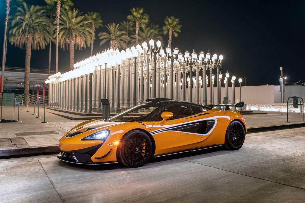 Foto McLaren 620R R Pack - exterior