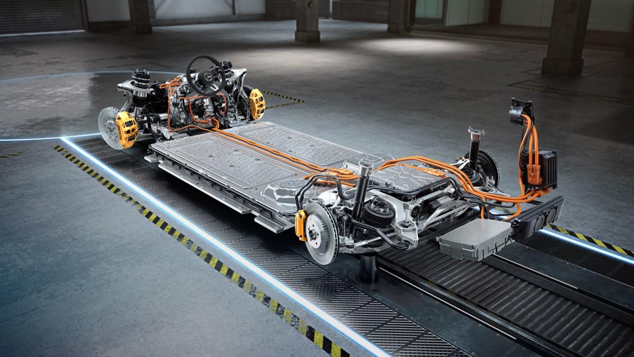 Mercedes presenta los nuevos motores híbridos AMG E-Performance