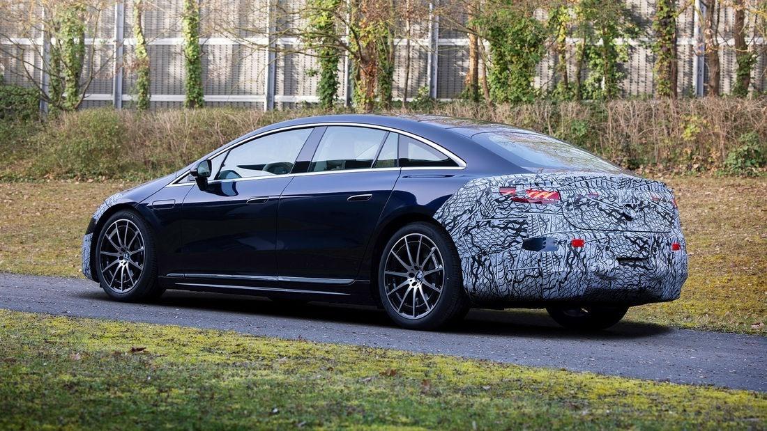 Los prototipos del nuevo Mercedes EQS encaran la fase de pre-producción